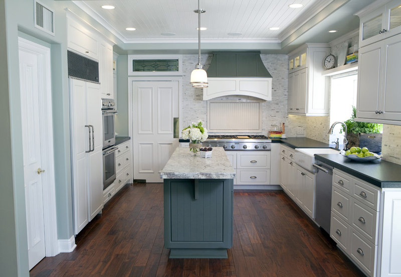 Traditional Kitchen by valerie ribeiro, ASID Allied member