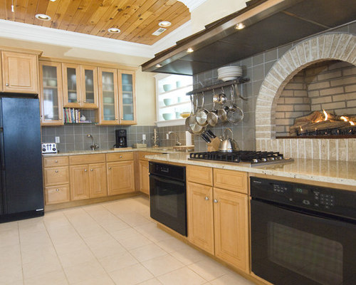 design kitchen backsplash light tile floor houzz 3173