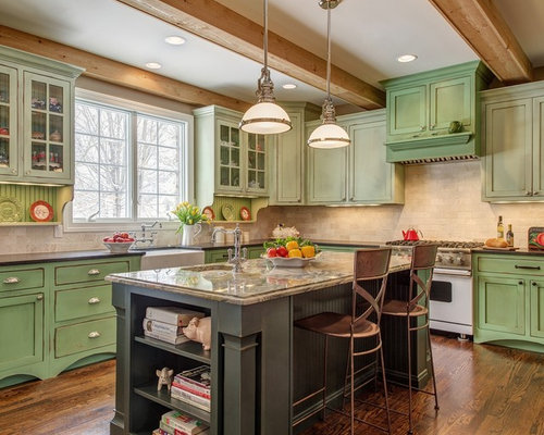 Green kitchen cabinets houzz for Kitchen cabinets houzz