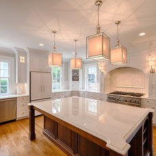 Modern Kitchen by Andrew Roby General Contractors