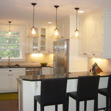 Traditional Kitchen by C&A Custom Kitchens, Inc.