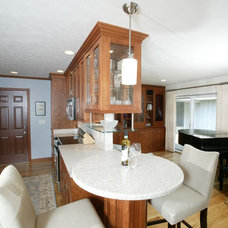 Traditional Kitchen by DuKate Fine Remodeling, Inc.