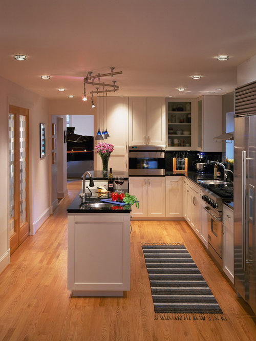 Narrow kitchen layout home design ideas pictures remodel for Small narrow kitchen