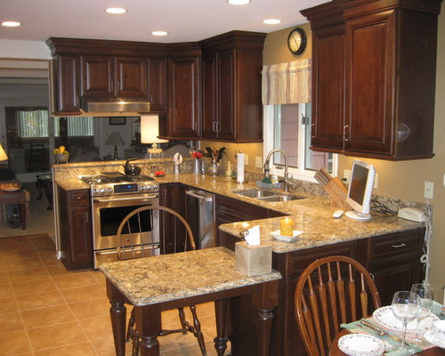 Cambria buckingham home design ideas pictures remodel for Buckingham kitchen cabinets