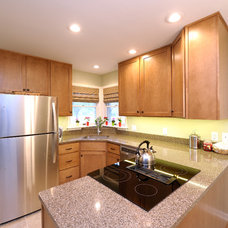 Transitional Kitchen by DeHaan Remodeling Specialists, Inc.