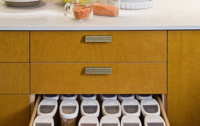 Organizing Tips That Really Work: Pantry in a Drawer