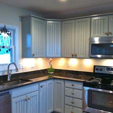Farmhouse Kitchen by St. Clair Kitchens