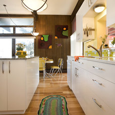Contemporary Kitchen by Momoko Morton