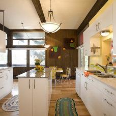 Contemporary Kitchen by Momoko Morton
