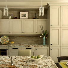 Traditional Kitchen by McLaurin Interiors