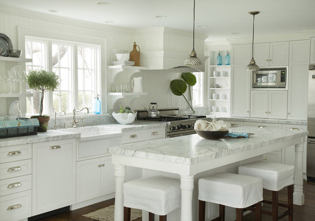 Beach Style Kitchen by Molly Frey Design