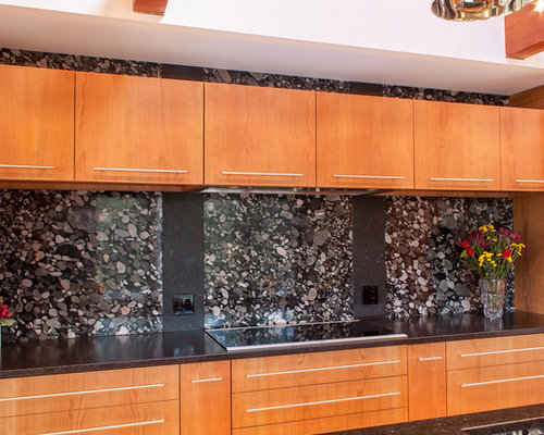 Pebble Granite Design Ideas Amp Remodel Pictures Houzz