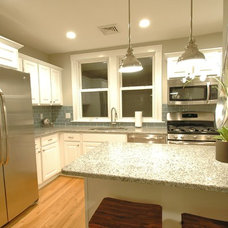 Modern Kitchen by New England Design & Construction