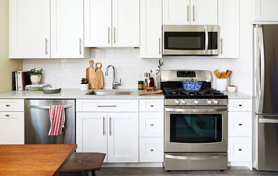 Kitchen Makeover: Same Layout With a Whole New Look