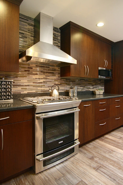 Modern Kitchen by RemodelWest