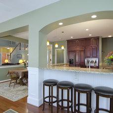 Kitchen by Summit Design Remodeling, LLC