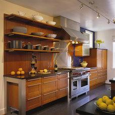 Modern Kitchen by CARNEMARK