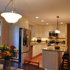 Traditional Kitchen by Summit Design Remodeling, LLC