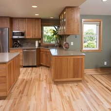 Transitional Kitchen by Kathleen Donohue, Neil Kelly Co.
