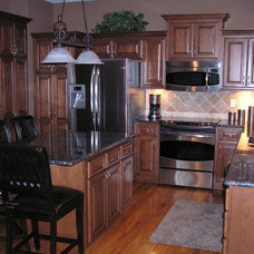 Traditional Kitchen by Kitchen Solvers of Kansas City