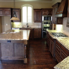Traditional Kitchen by Home Solutions