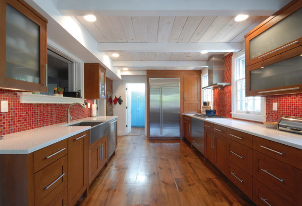 Contemporary Kitchen by Kastler Construction
