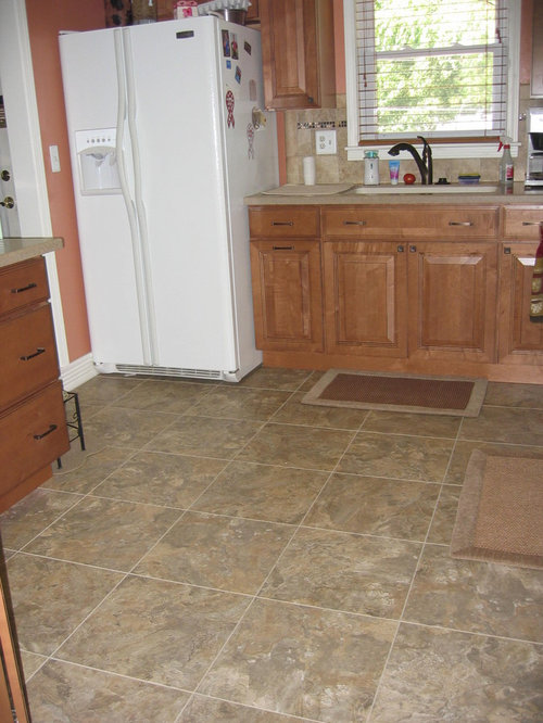 Inspiration For A Timeless L Shaped Enclosed Kitchen Remodel In Omaha With  An Integrated Sink
