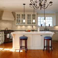 Traditional Kitchen by Murphy Brothers Contracting
