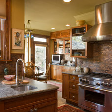 Traditional Kitchen by Welsh Construction, Inc.