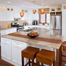 Traditional Kitchen by Purcell Quality, Inc.