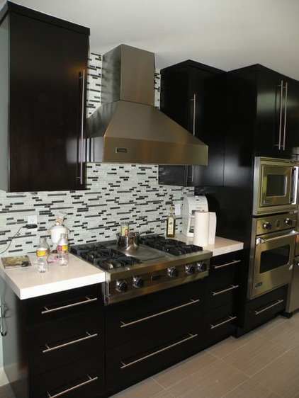 Contemporary Kitchen by Construction Owl
