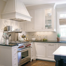 Traditional Kitchen by Dream Weaver Building & Remodeling