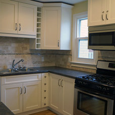 Traditional Kitchen by Coleman-Dias3 Construction Inc. (CD3Inc)
