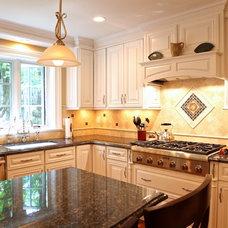 Traditional Kitchen by Jim Black