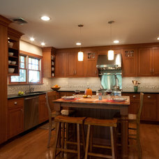 Traditional Kitchen by McC   Architecture pllc