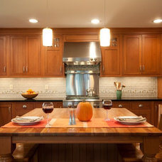 Traditional Kitchen by McC | Architecture pllc