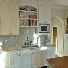Traditional Kitchen by Diskin Designs
