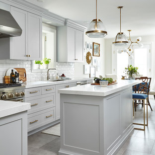 Transitional kitchen pictures - Inspiration for a transitional kitchen remodel in Toronto