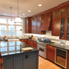 traditional kitchen by Diskin Designs
