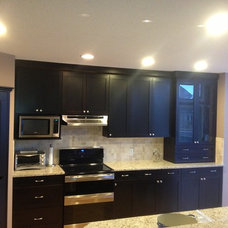 Contemporary Kitchen by Tay-ky Developments