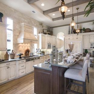 Kitchen Renovations & Custom Cabinetry
