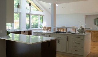 Best Paint Wallpaper and Wall Covering Professionals in Surrey