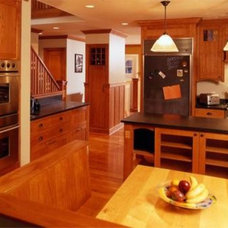 Traditional Kitchen by Kallweit Graham Architecture