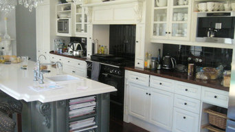 kitchen replacement to older Perth hills home.