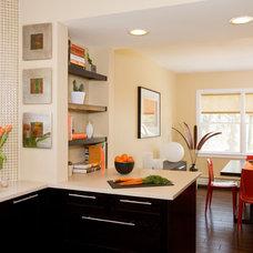 Modern Kitchen by RHG Architecture + Design