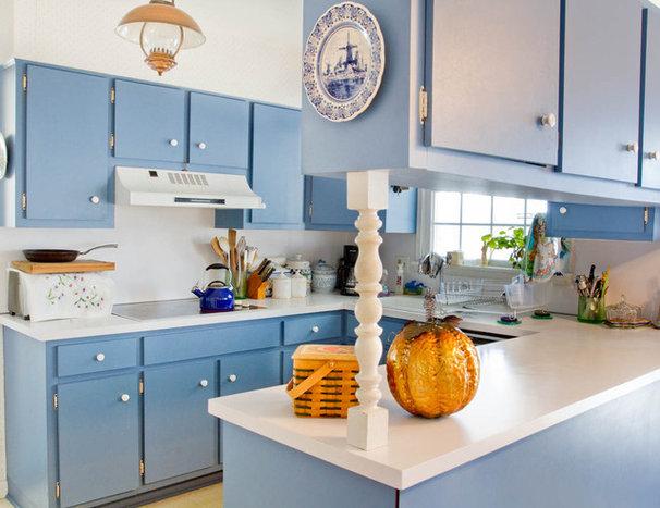 Traditional Kitchen by Rikki Snyder
