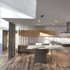 Contemporary Kitchen by Risinger Homes