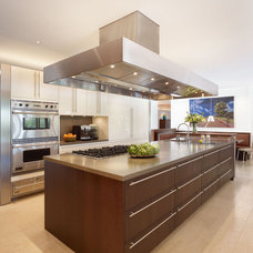 Modern Kitchen by Rockefeller Partners Architects
