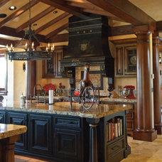 Traditional Kitchen by Rozewski & Co., Designers, LLC