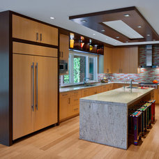 Contemporary Kitchen by RWA Architects